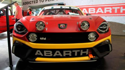 Abarth 124 Rally morro faros
