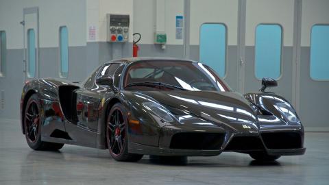 Ferrari Enzo fibra de carbono frontal