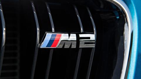 Emblema M2