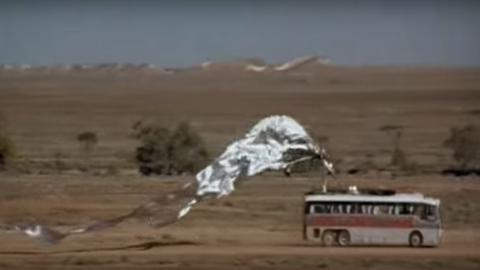 1. El autobús de Priscilla, reina del desierto