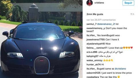 Cristiano Ronaldo Bugatti Veyron frontal lujo casa famosos