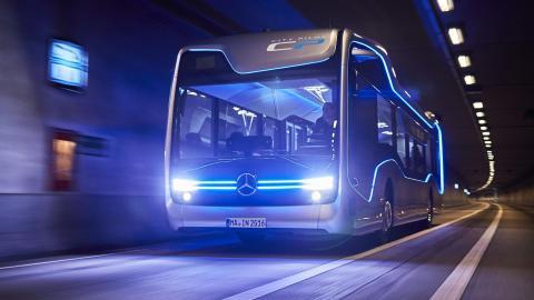 Mercedes Future Bus (I)