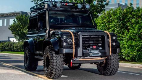 Land Rover Defender Spectre Edition (I)