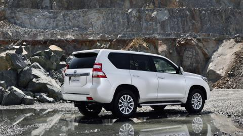 Toyota Land Cruiser 2017 (III)