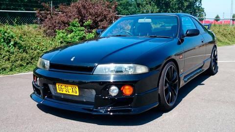 Nissan Skyline R33 (I)