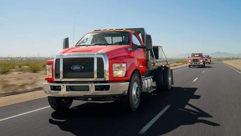 Puedes pedir una camioneta con un motor V10 de gasolina