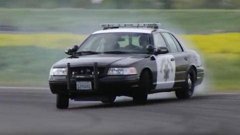 coche de policia drift