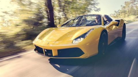 Los mejores coches que puedes comprar por menos de 300.000 euros - Puesto 10 - Ferrari 488 Spider