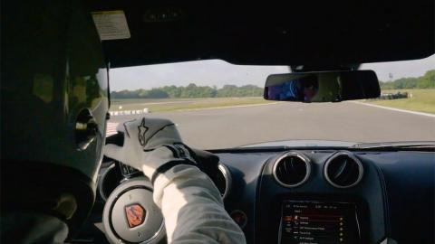 The Stig Dodge Viper ACR deportivo circuito top gear