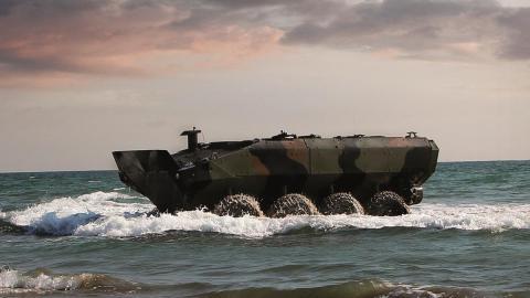 Vehículo anfibio marines EEUU iveco bae systems