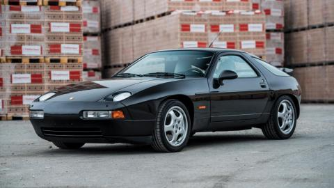 Porsche 928 GTS (1993)