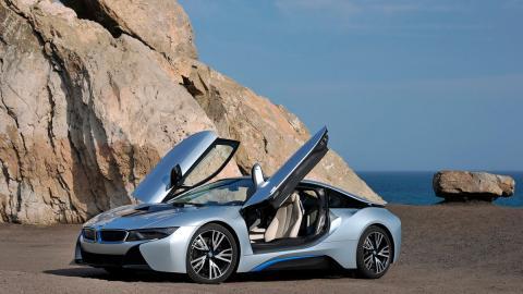 Coches para celebrar San Valentín: BMW i8 (II)