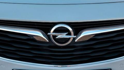 Logo Opel astra insignia vectra signum