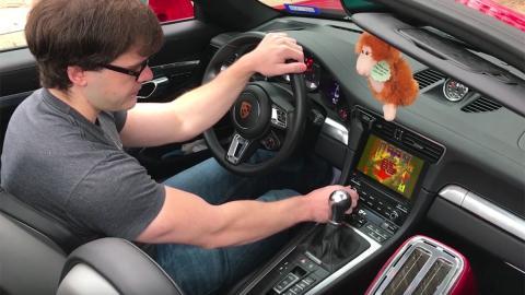 Porsche 911 Doom II juego hackear ordenador