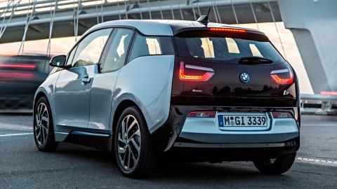 Coches que aparcan solos, BMW i3 (I)