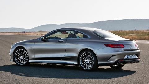 Coches que aparcan solos, Mercedes-Benz Clase S (I)