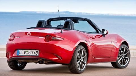 Los rivales del Kuga 2017 más locos que puedes encontrar - Mazda MX-5
