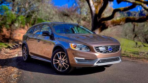 Coches que no salen de la gasolinera: Volvo V60 Cross Country T5 (II)