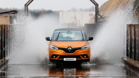 Coches para tener un hijo: Renault Scénic (II)