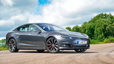 Deportivos más vendidos en marzo: Tesla Model S