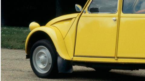 Coches con motor bóxer: Citroën 2CV (I)