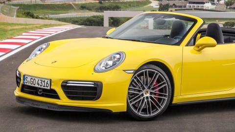 Porsche patenta un revolucionario sistema de seguridad para sus descapotables
