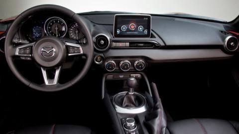 Coches para aprender a conducir con cambio manual: Mazda MX-5 (II)
