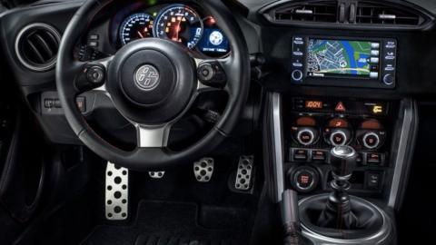 Coches para aprender a conducir con cambio manual: Toyota GT86 (II)
