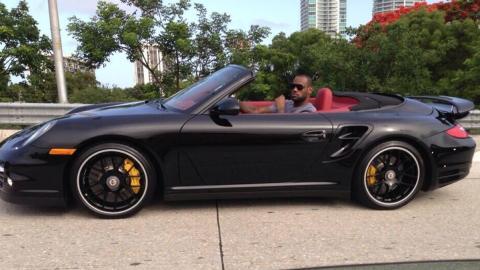 LeBron James a lomos de su 911 Turbo