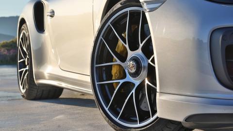 ¿Afecta el tamaño de las ruedas a la conducción?