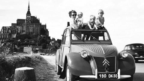 La historia del Citroën 2CV - En 1948 se presenta el modelo definitivo