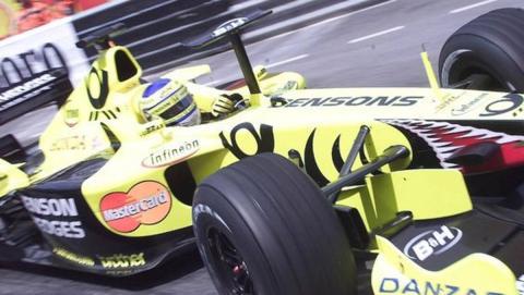 Jordan's EJ11 developed a mid-wing for the 2001 Monaco