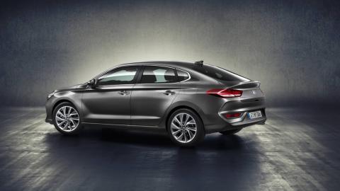 linea del Hyundai i30 Fastback