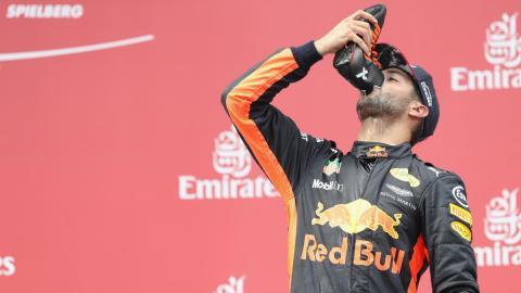 El 'shoey' de Daniel Ricciardo