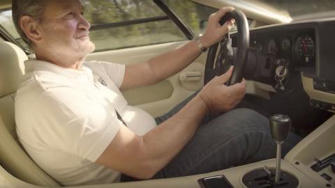 Valentino Balboni en el Lamborghini Countach prueba vídeo