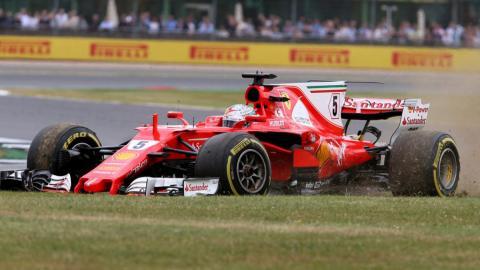 El pinchazo de Vettel en Silverstone F1 2017