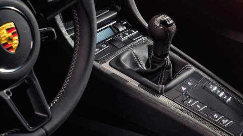 Caja manual del Porsche 911 R