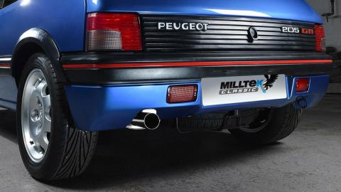 El escape de Miltek para el Peugeot 205 GTi