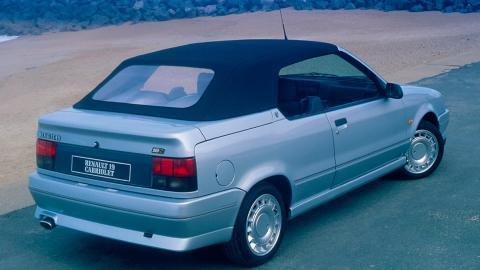 Renault 19 Convertible (II)