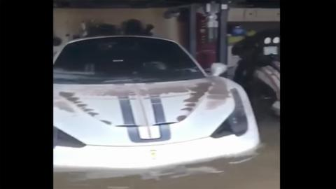 Ferrari afectado por el Huracán Harvey