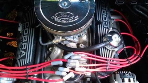 Ford Focus motor V8