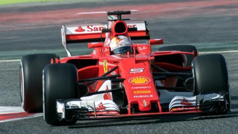 Micrófonos para aumentar el sonido de los F1