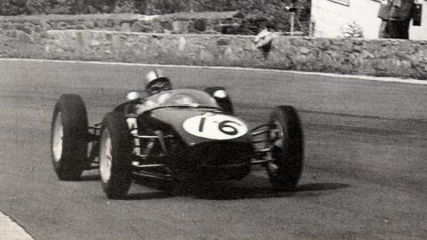 Stacey con su Lotus 18 en Spa 1960