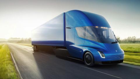 10 deportivos más lentos que el camión de Tesla