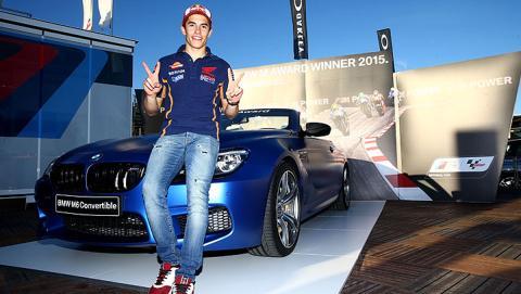 Marc-Marquez-BMW-M6-Award-2015-02