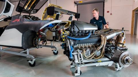 taller motor v12