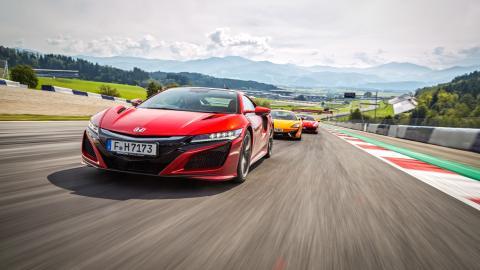 Prueba Ferrari 488 GTB vs McLaren 570S y Honda NSX (pista)