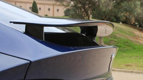 aerodinamica lujo tecnologia spoiler
