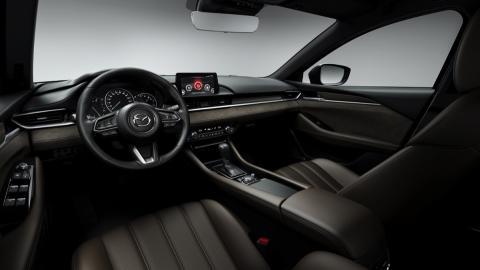 Interior nuevo Mazda6