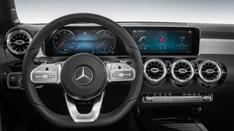 Mercedes Clase A 2018 (instrumentación)
